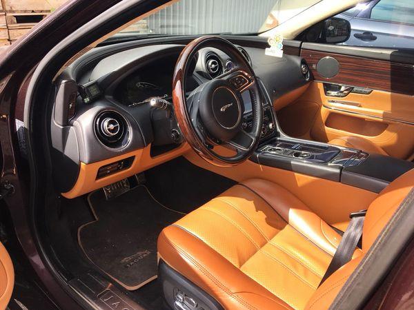 Jaguar XGL бордовый на свадьбу