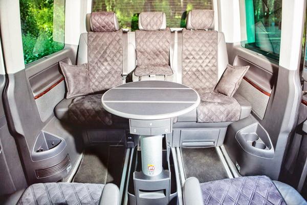 Volkswagen Multivan черный на свадьбу трансфер