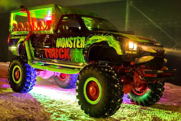 Party Bus Monster truck аренда пати басов киев