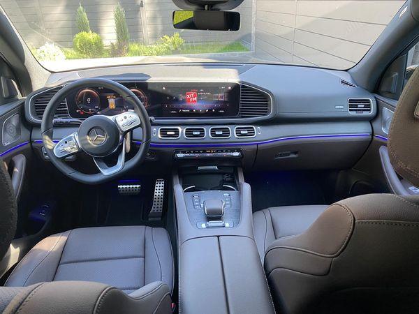 Mercedes GLS 350d 2021 год прокат джипов без водителя