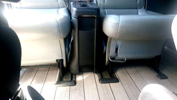 Mercedes Sprinter черный VIP микроавтобус 9 мест