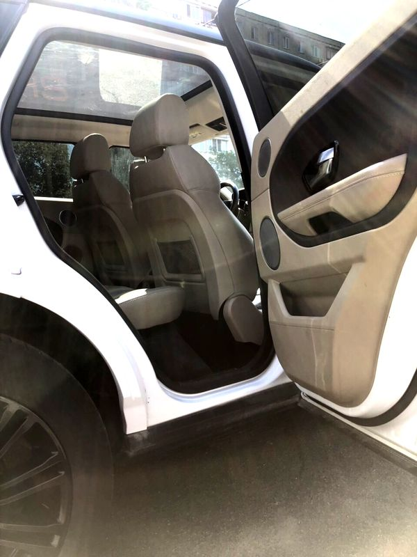 Range Rover Evoque белый на свадьбу в киеве