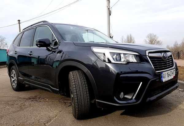 Subaru Forester 2019 черный на свадьбу киев