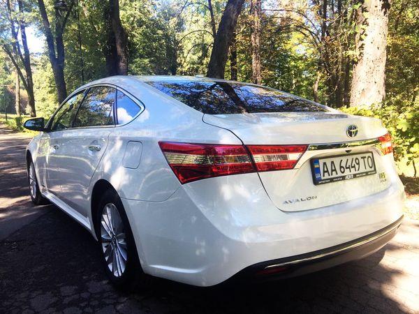 Toyota Avalon белая на свадьбу киев