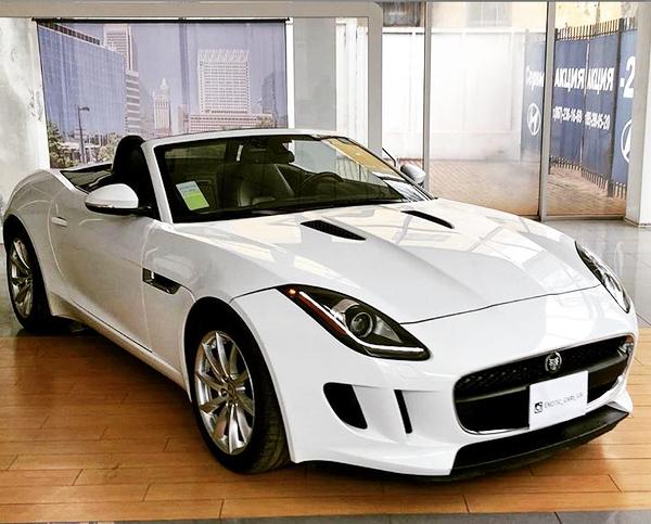 Jaguar F-Type белый заказать кабриолет на свадьбу в киеве