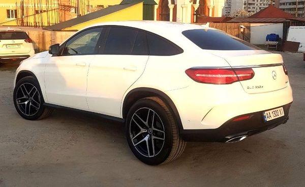 Mercedes GLE 2019 белый заказать на прокат