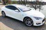 Аренда TESLA S85 белая авто бизнес класса Киев цена