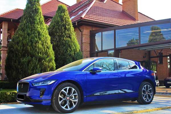 Jaguar I-pace 2018 год аренда прокат джипов киев