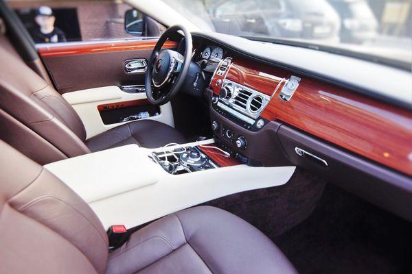 Rolls Royce Ghost заказать на свадьбу в киеве