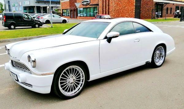 Pobeda белая ретро автомобиль заказать на свадьбу киев