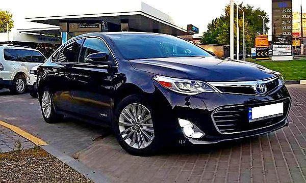 Toyota Avalon черная прокат на свадьбу