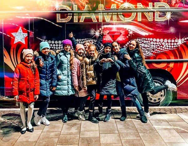 автобус Пати бас Diamond Party Bus аренда на детский день рождения