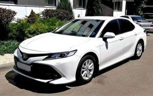 Toyota Camry V70 белая заказать на свадьбу