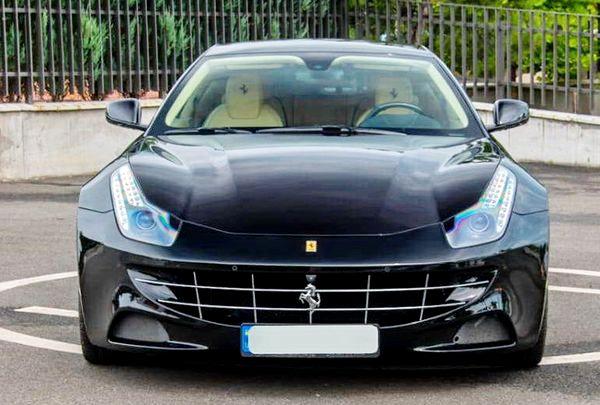 Ferrari-ff черная аренда прокат на съемки